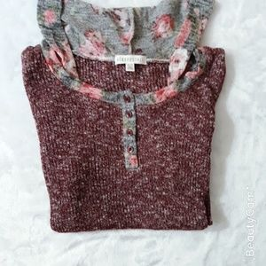 Aeropostale Tops - Aeropostal thin floral top with a hoodie